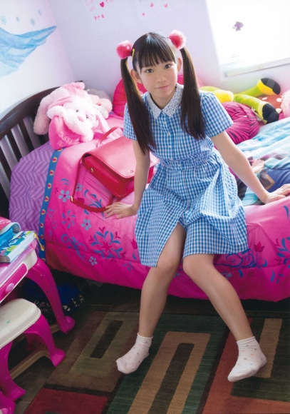 Innocent face that does not seem 20 years old 153 cm tall F cup body Marina Nagasawa021