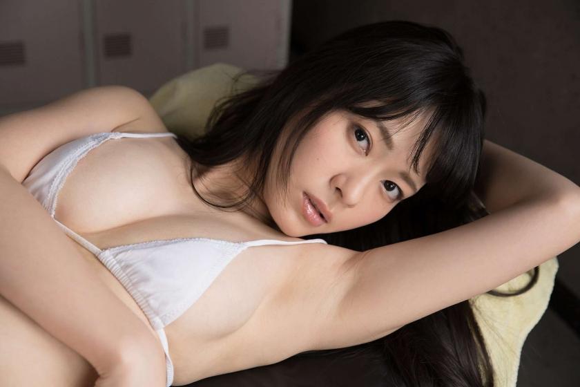 Bold temptation Kuriyama018