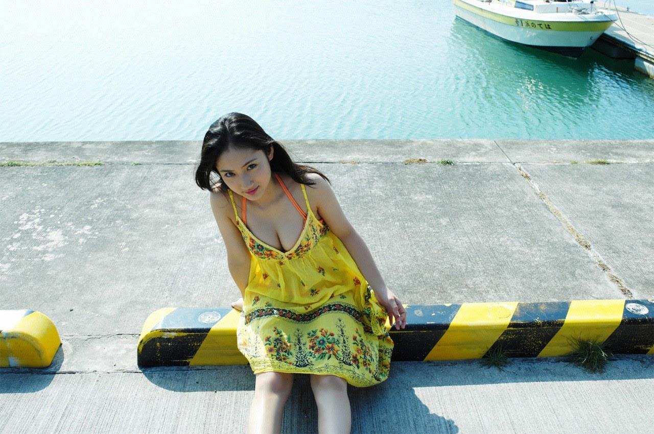 And on Kumejima the first experienceher late summer vacation begins! Saaya017
