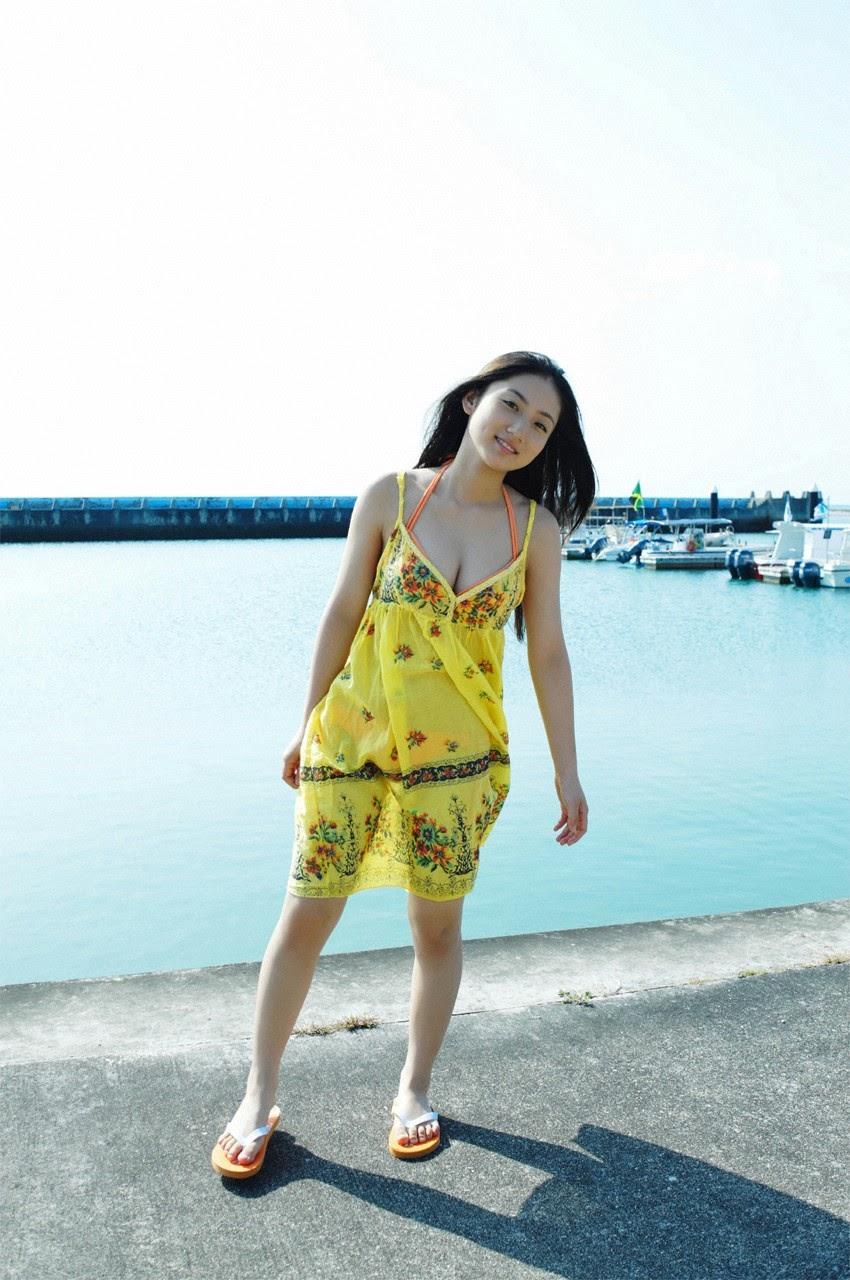 And on Kumejima the first experienceher late summer vacation begins! Saaya020