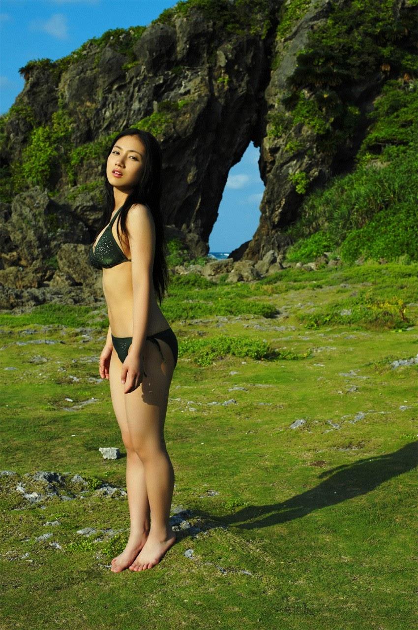 And on Kumejima the first experienceher late summer vacation begins! Saaya045