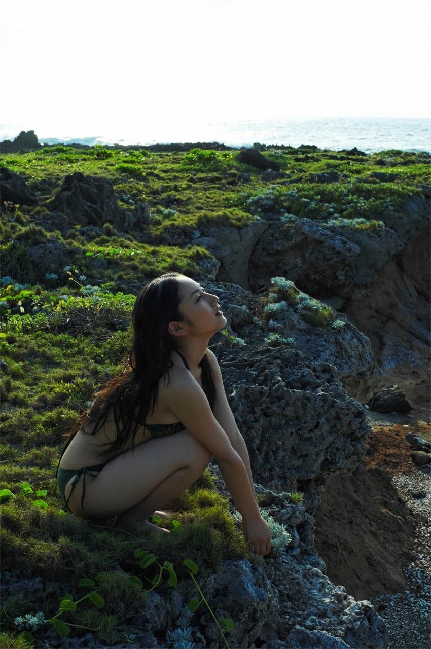 And on Kumejima the first experienceher late summer vacation begins! Saaya048