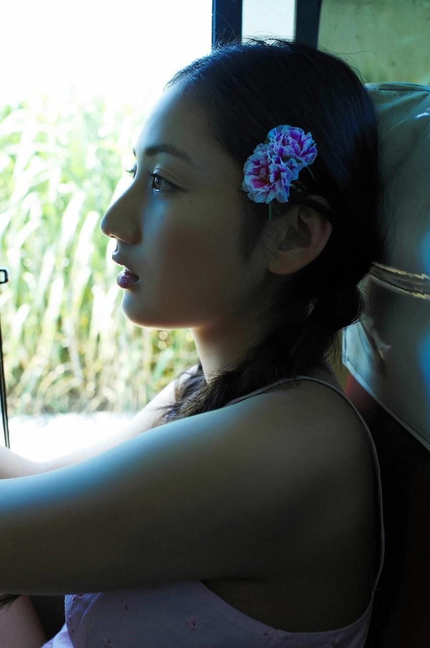 And on Kumejima the first experienceher late summer vacation begins! Saaya111