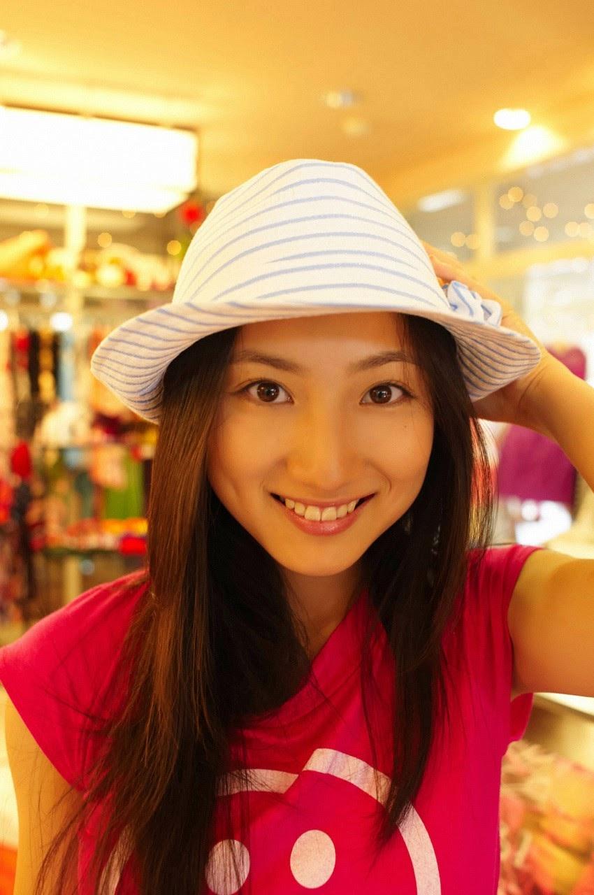 And on Kumejima the first experienceher late summer vacation begins! Saaya159