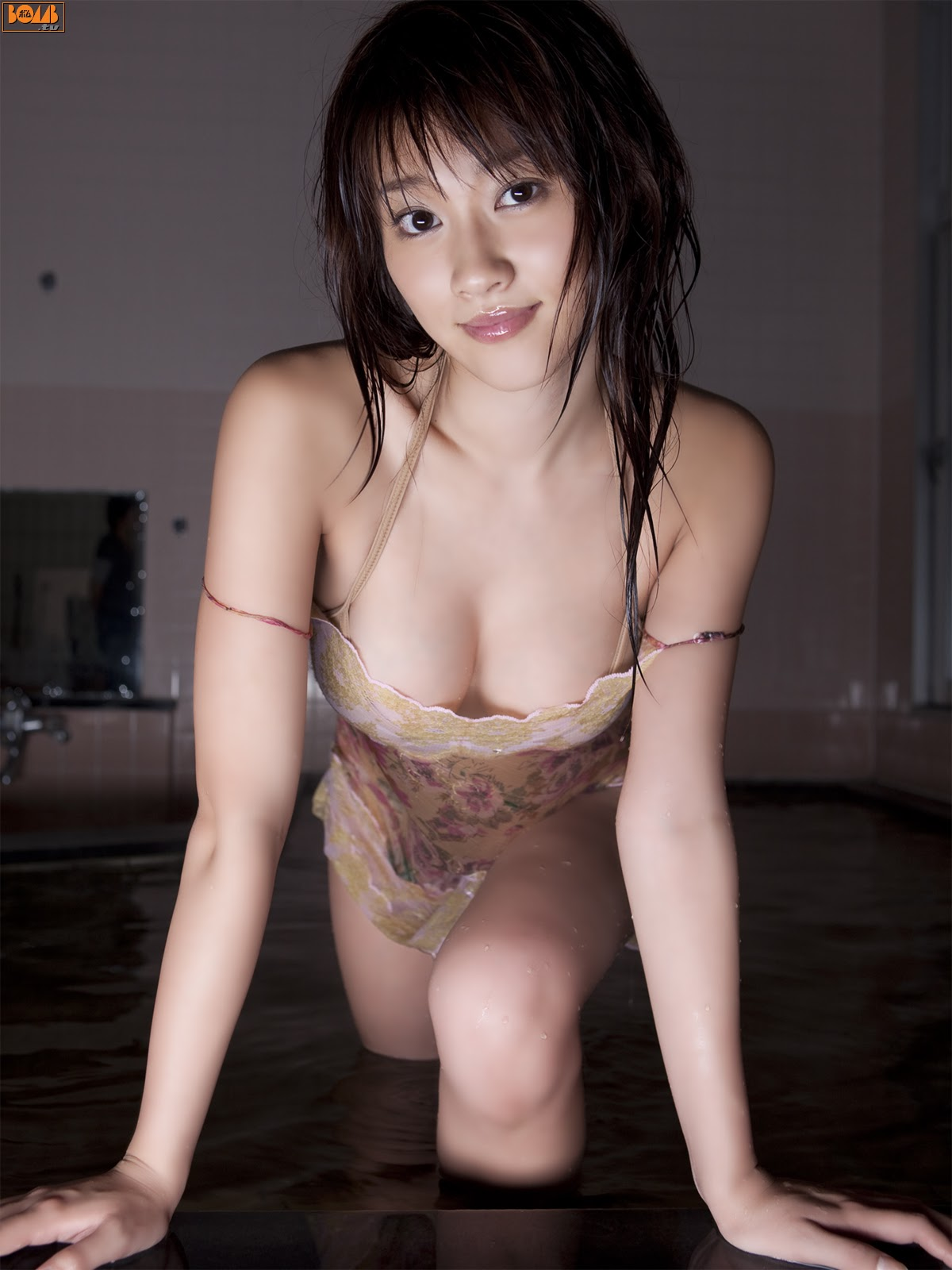 All kinds of redweathered skin sweaty skin smiles in the morning light Mikie Hara024