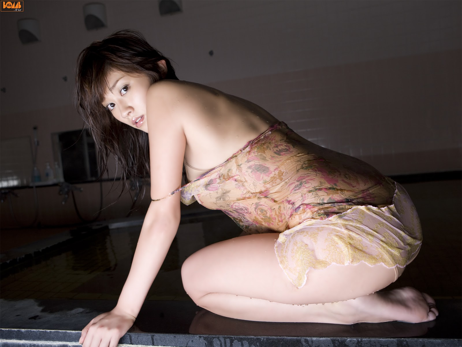 All kinds of redweathered skin sweaty skin smiles in the morning light Mikie Hara029