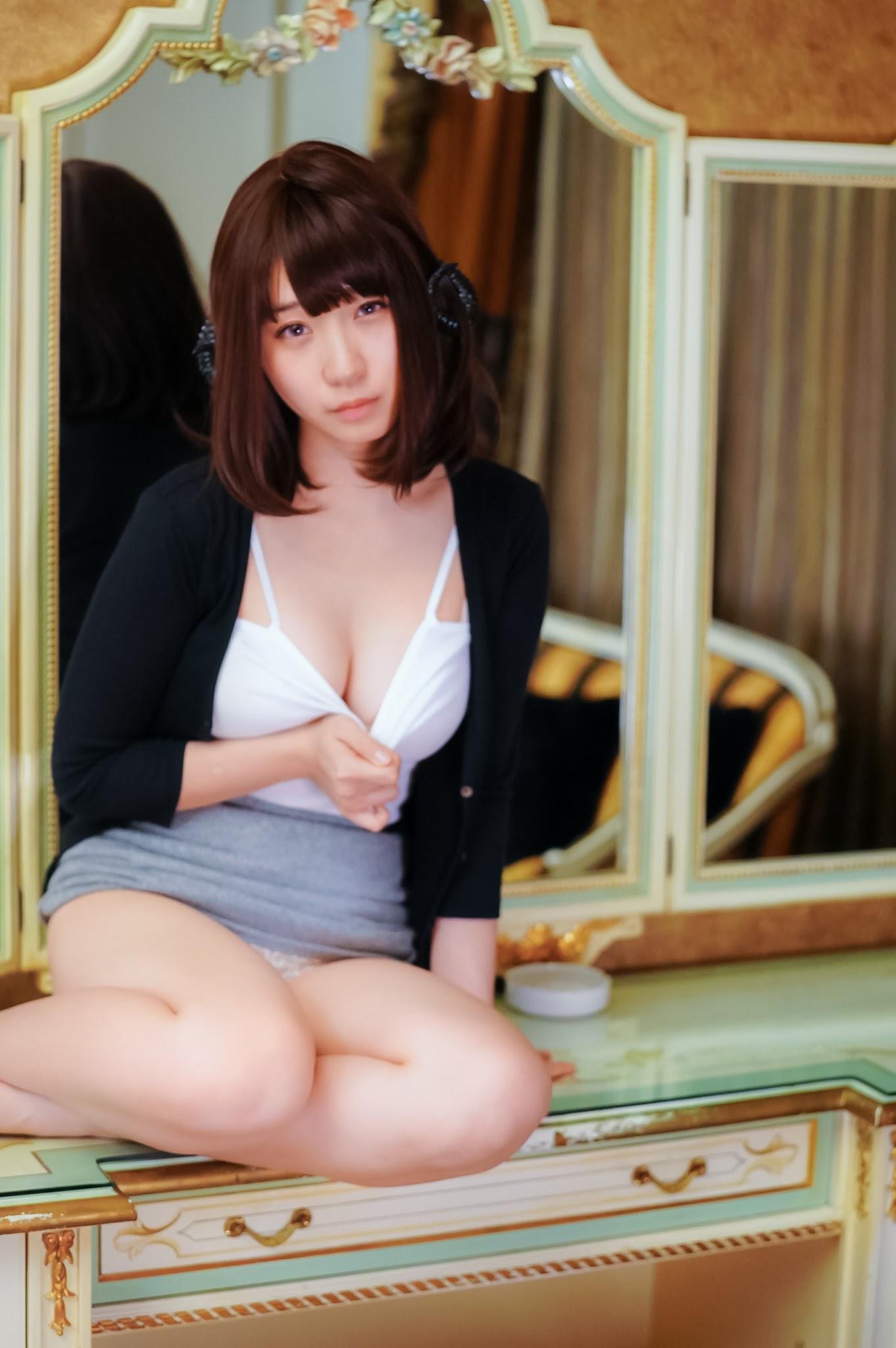 Succubus Girl Moe Iori077