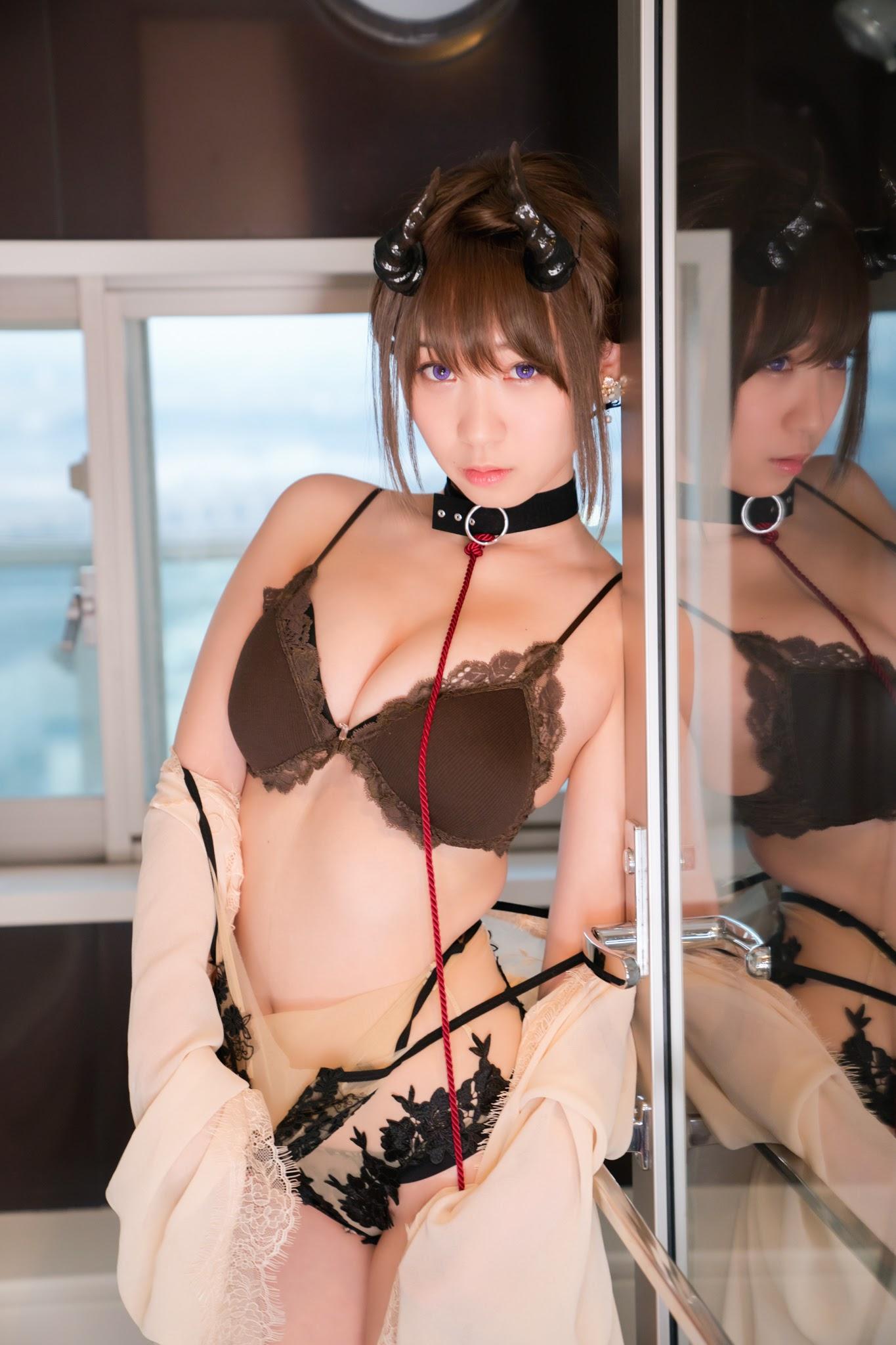 Succubus Girl Moe Iori259