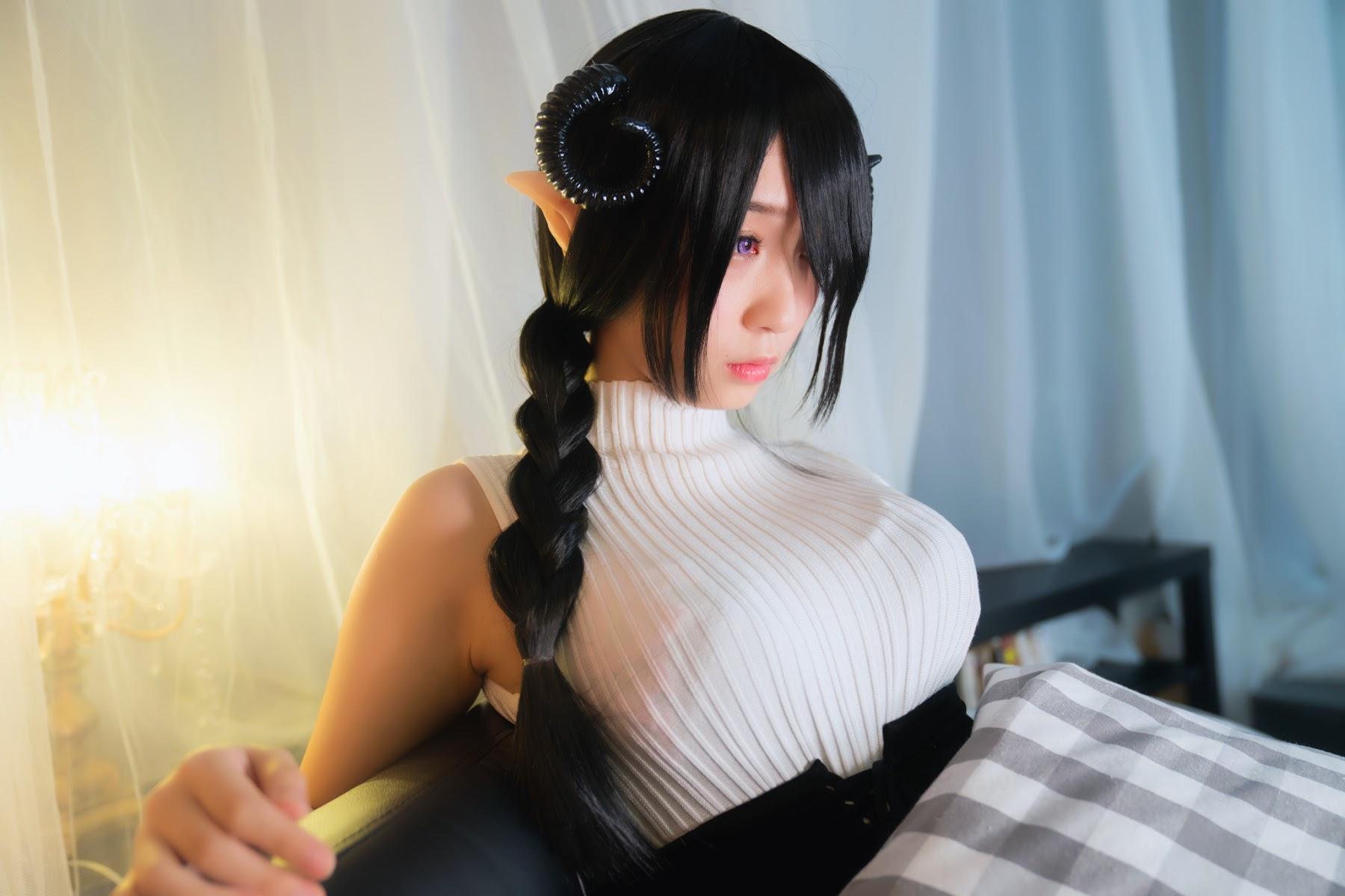 Succubus Girl Moe Iori289