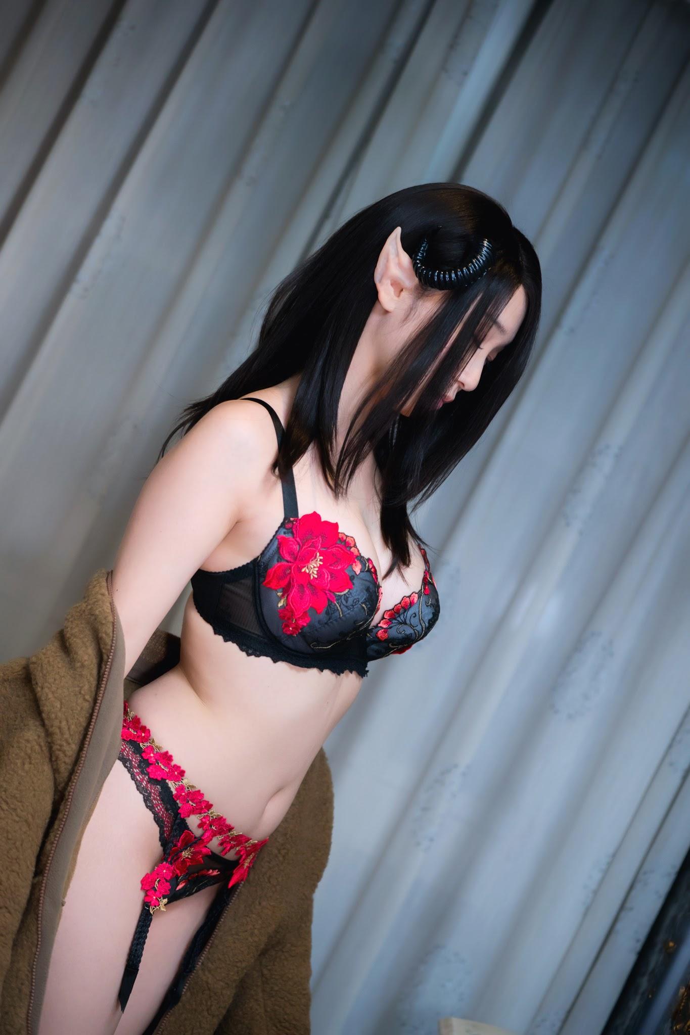 Succubus Girl Moe Iori333