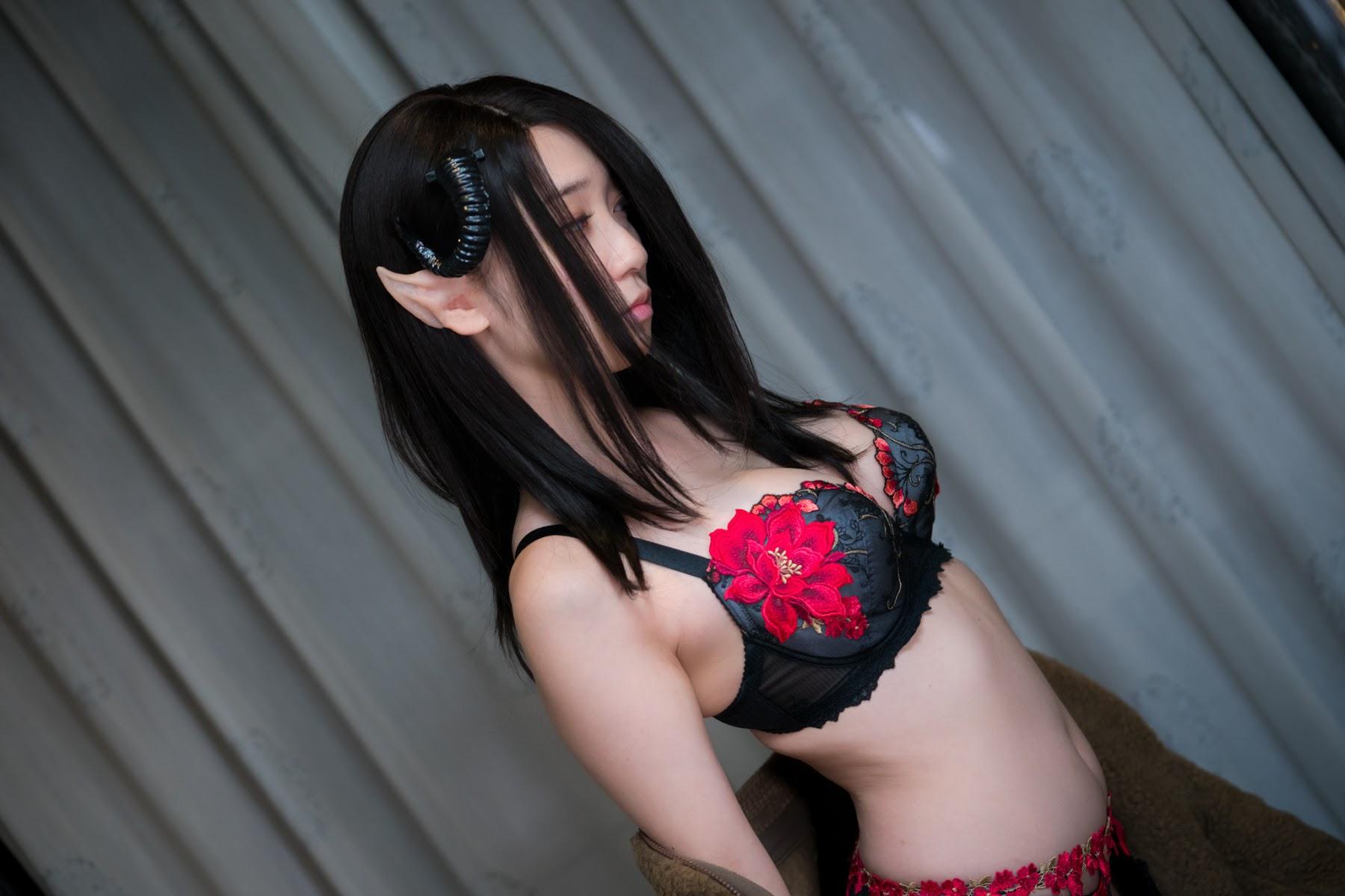 Succubus Girl Moe Iori345
