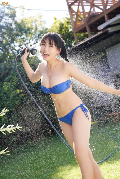 16yearold pool Royal bikini Aika Sawaguchi051