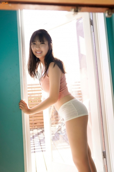 16yearold pool Royal bikini Aika Sawaguchi057
