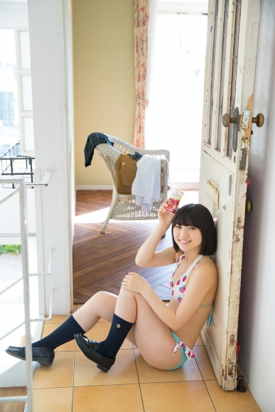 Risa Sawamura a healthy body with a sweet relationship between white skin and pink002