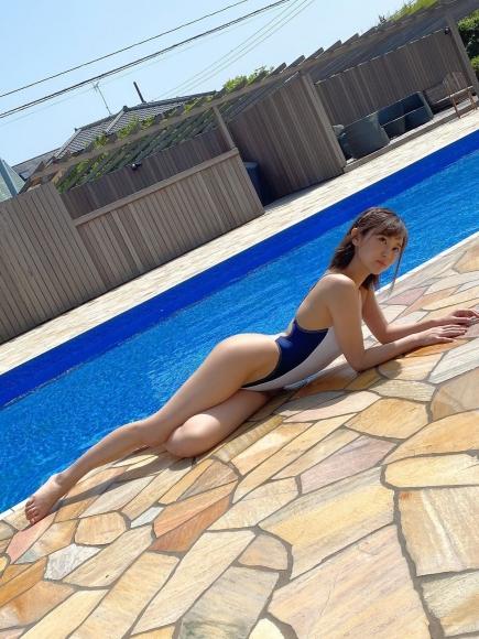 Bold show off the finest body Aika Nishihara007