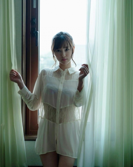 Bold show off the finest body Aika Nishihara016