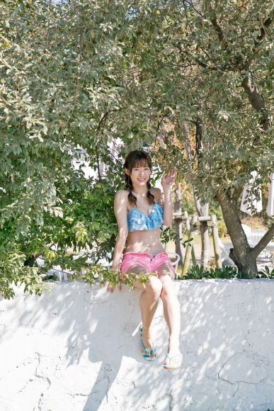 Swimsuit shot at Taina Rina Resort Chijima065