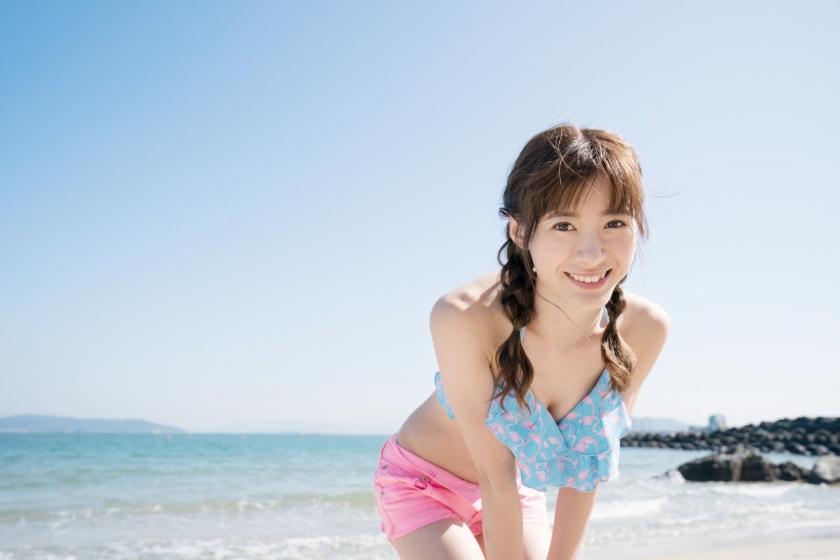 Swimsuit shot at Taina Rina Resort Chijima086