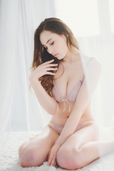 Beautiful half model is the first person to take off karate007