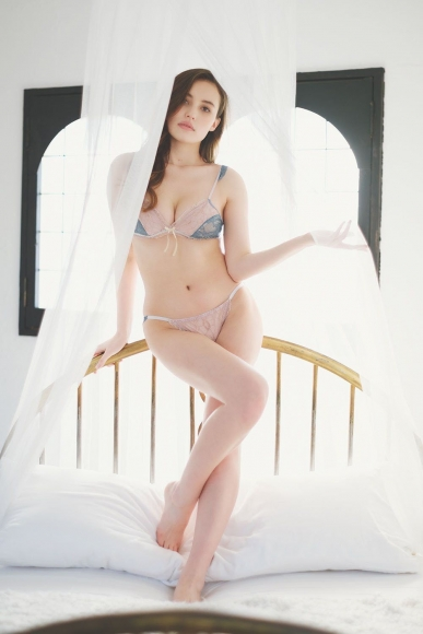 Beautiful half model is the first person to take off karate008