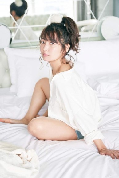 Solita Soda Nagisa active female college student idol bathing scene004