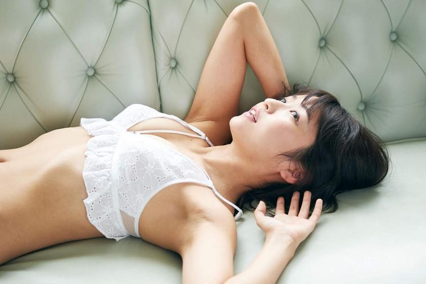 Solita Soda Nagisa active female college student idol bathing scene003