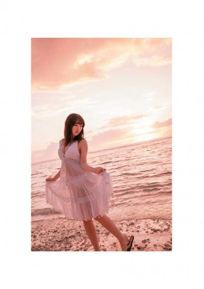 Moe Toyoda Swimsuit gravure004