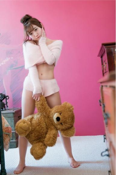 Moe Toyoda Swimsuit gravure028
