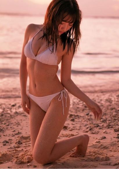 Moe Toyoda Swimsuit gravure077