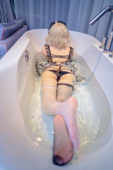 Lets take a bath027