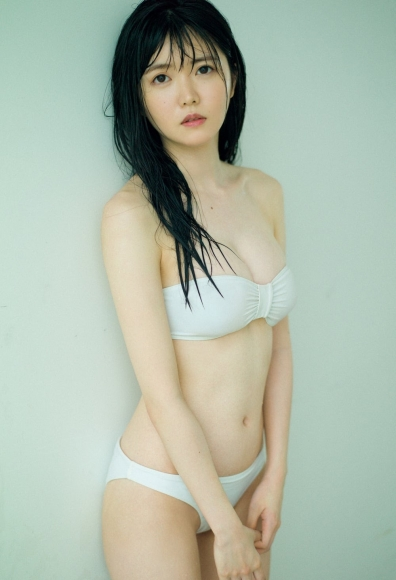 Azusa Onodera The first swimsuit that is pure white and innocent005