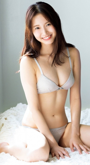 Oda Shida Swimsuit Gravure Active as a weather caster Female college student in Japans cute bikini 2020009
