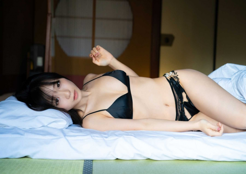 Moe Iori You and Hot Spring Photograph Collection038
