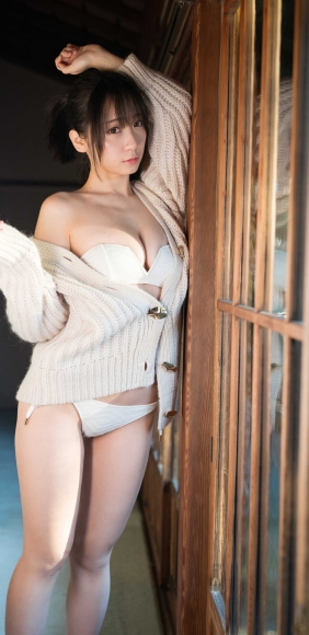 Moe Iori You and Hot Spring Photograph Collection069