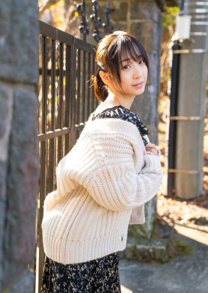 Moe Iori You and Hot Spring Photograph Collection096