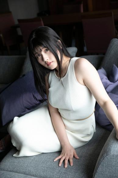 Chitose Yoshino Sagas bad boobs007