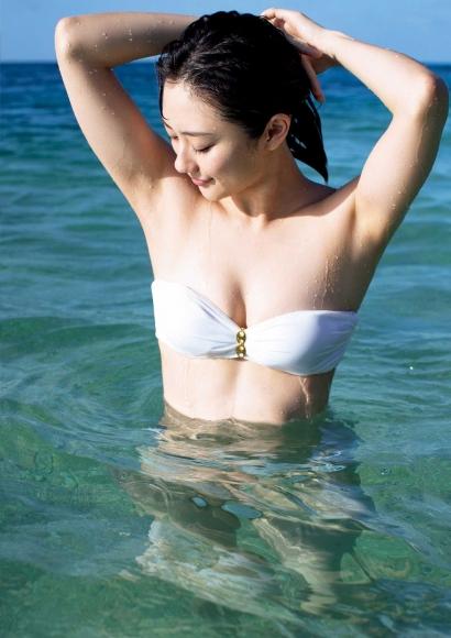 From Sentai Heroine to Authentic Actress Beautiful Body Kazusa Okuyama010