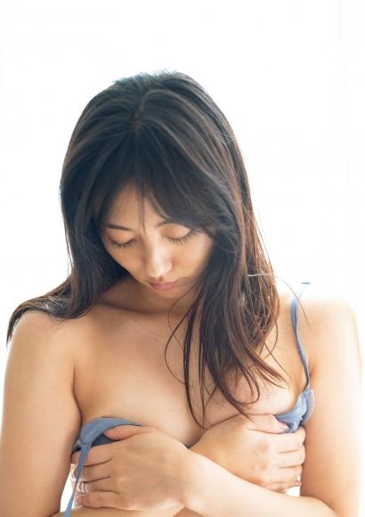 From Sentai Heroine to Authentic Actress Beautiful Body Kazusa Okuyama017