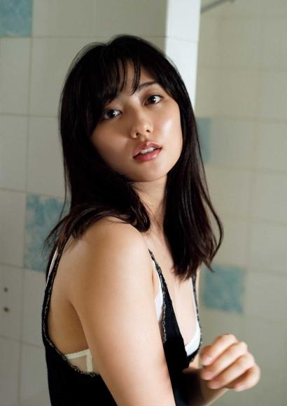 From Sentai Heroine to Authentic Actress Beautiful Body Kazusa Okuyama030