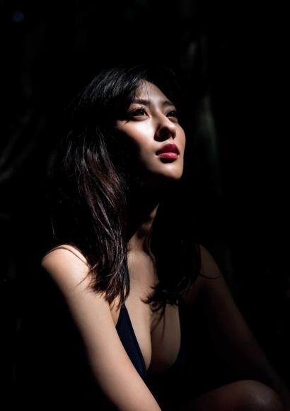 From Sentai Heroine to Authentic Actress Beautiful Body Kazusa Okuyama035