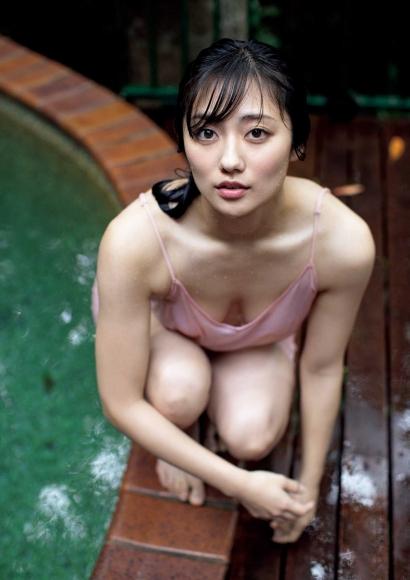 From Sentai Heroine to Authentic Actress Beautiful Body Kazusa Okuyama037