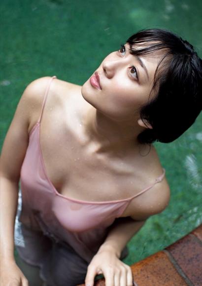 From Sentai Heroine to Authentic Actress Beautiful Body Kazusa Okuyama038