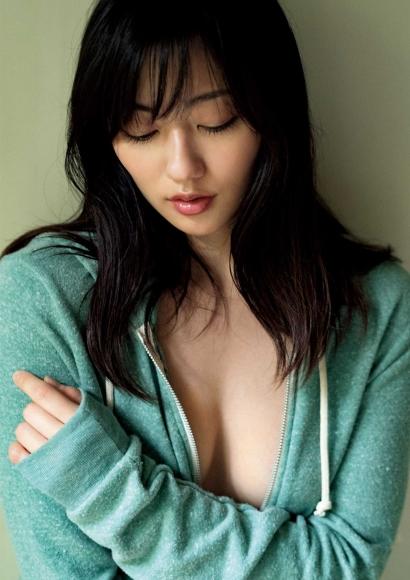 From Sentai Heroine to Authentic Actress Beautiful Body Kazusa Okuyama050