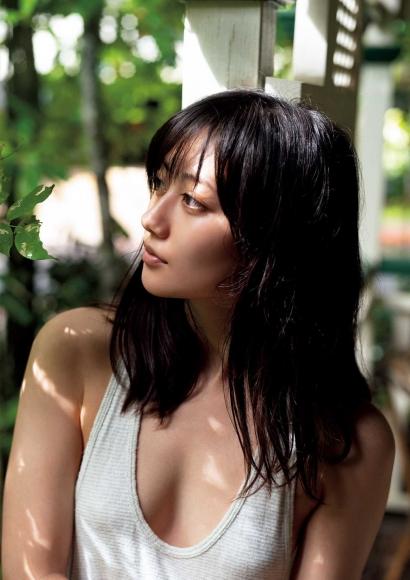 From Sentai Heroine to Authentic Actress Beautiful Body Kazusa Okuyama060