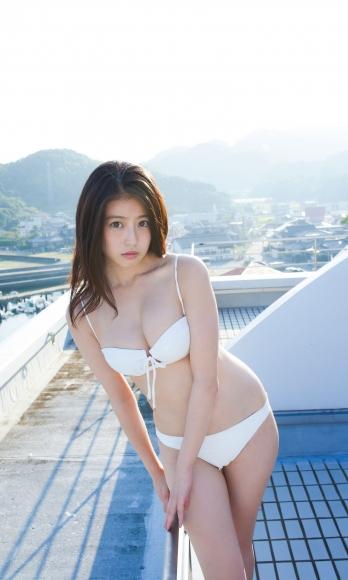 Next generation beautiful girl 20 years old 2020015