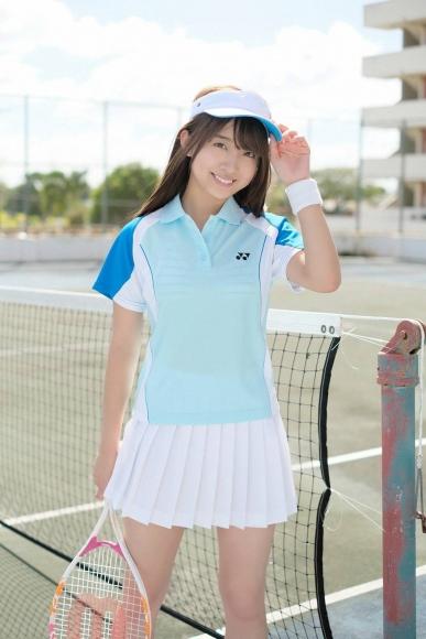 Beautiful girl in the tennis club001