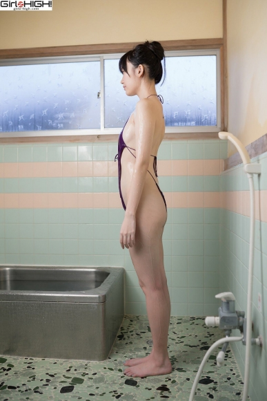 Mai Nanase V Front Deformation Swimsuit043