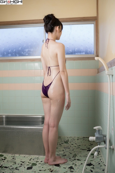 Mai Nanase V Front Deformation Swimsuit048