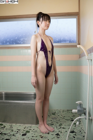 Mai Nanase V Front Deformation Swimsuit050