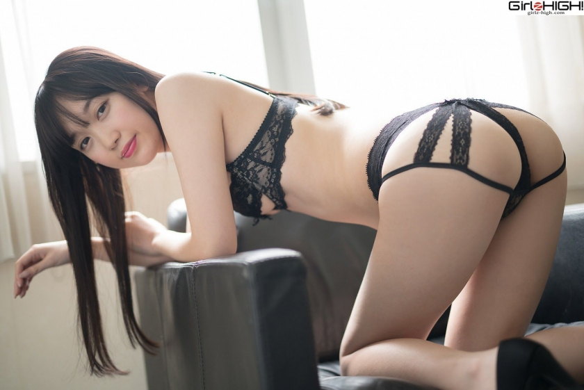 Mai Nanase black underwear image043